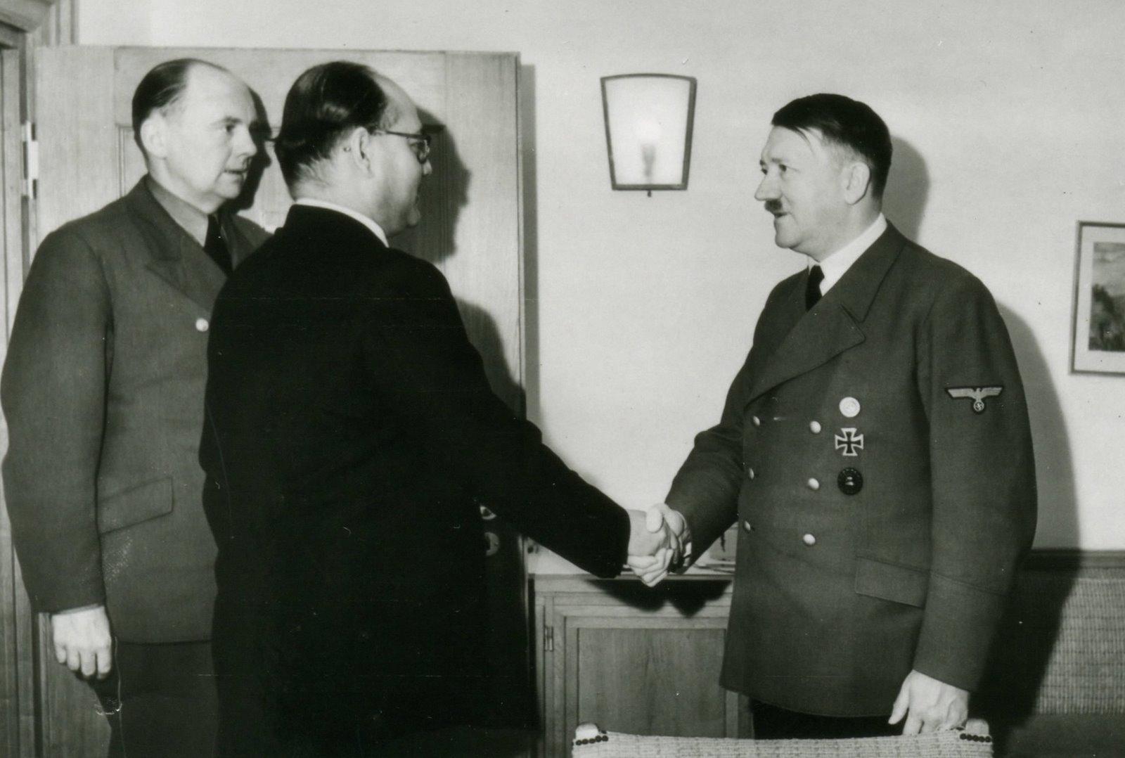 hitler as influential leader